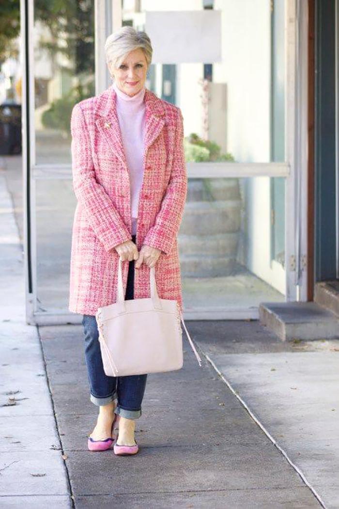 e22db73dab Vegyél drága és olcsó ruhákat, majd hord együtt őket, mert a luxus és drága  holmik öregítenek.